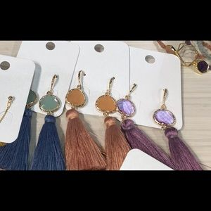 e73078adc8b49 Jewelry shoppe   s Closet ( tamrafitz)
